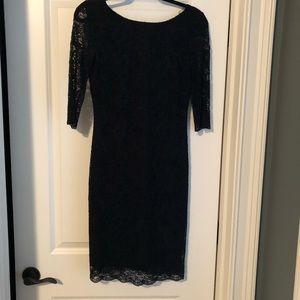 Banana Republic Lace Elbow Length Lined Dress